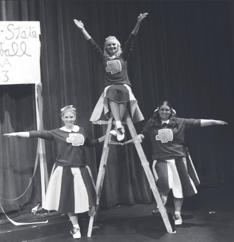 'Vanities' Opens theater season Thursday
